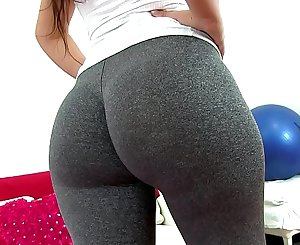 Huge Round Heavy Nut Tiny Waist Latina Working Out In Tight Leggings